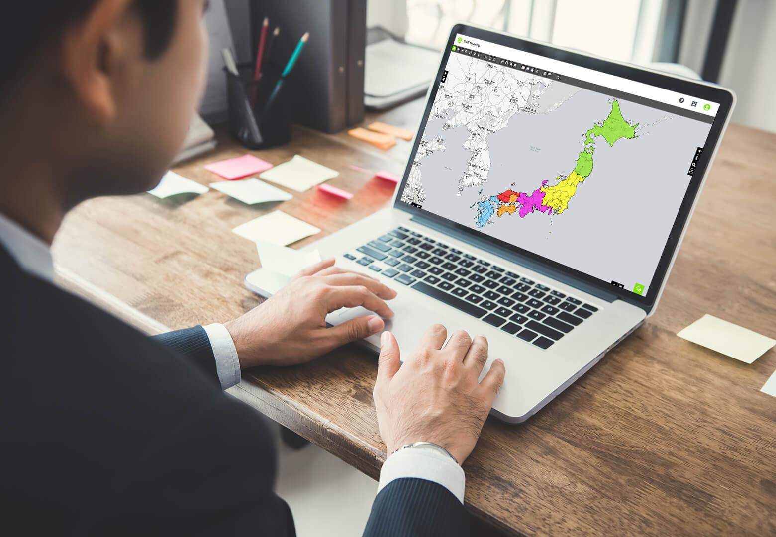 creating territories map on laptop
